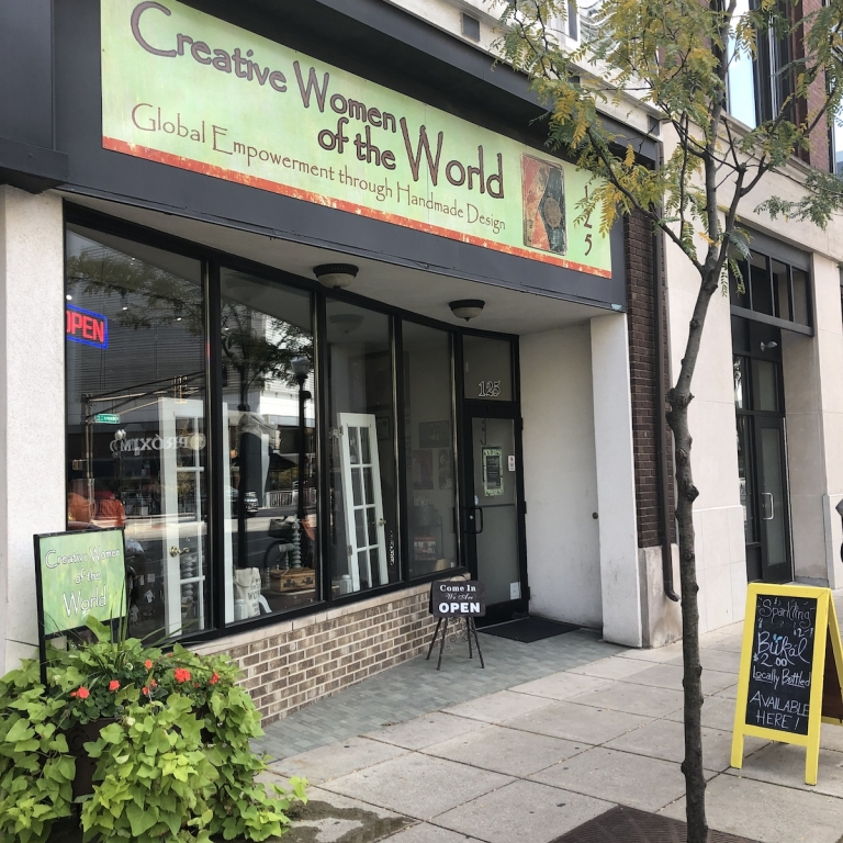 Creative-Women-of-the-World-Shopping-Downtown-Fort-Wayne