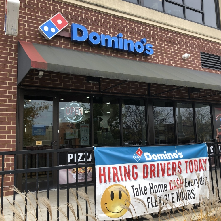 Dominos-Dining-Downtown-Fort-Wayne