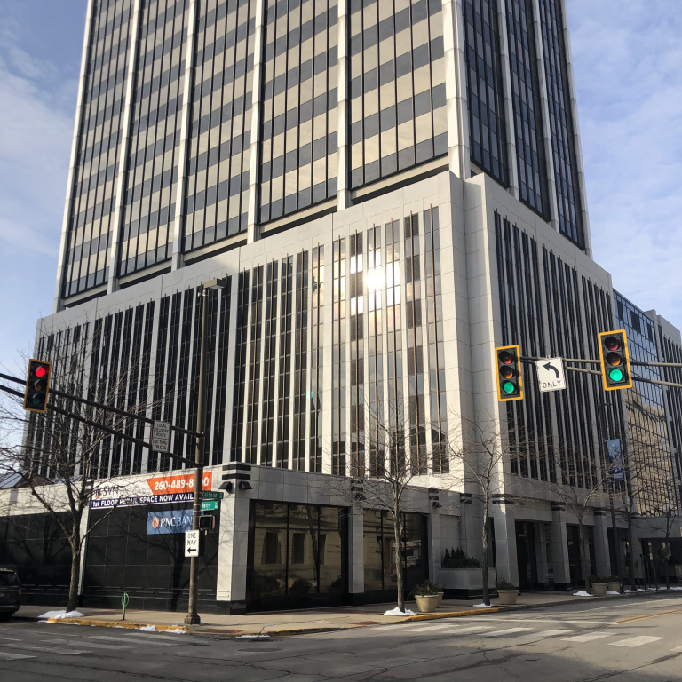 revitalize-110-dining-downtown-fort-wayne